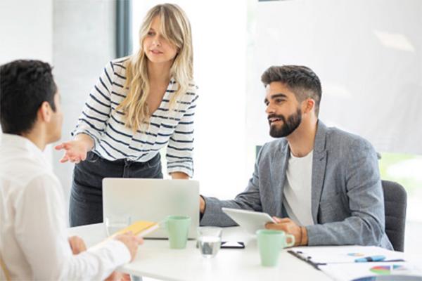 Emerging Job Roles for Successful AI Teams 1